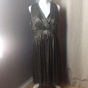 Jessica Howard beaded keyhole beaded dress